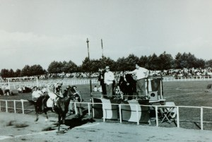 "Course d'inauguration de l'hippodrome ""Felceti"" (sept.1968)"